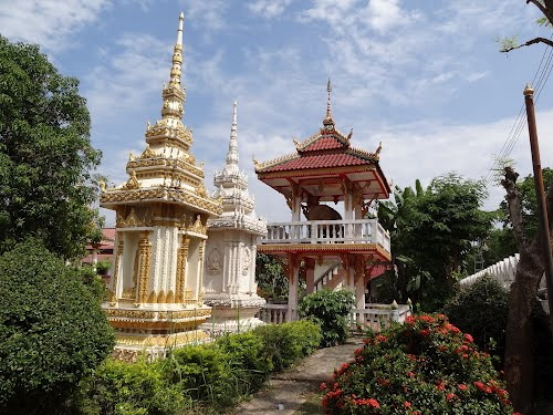 Featured medium photo of Vientiane on TripHappy's travel guide