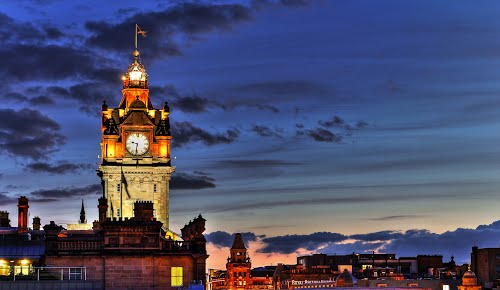 Photo of Edinburgh in the TripHappy travel guide