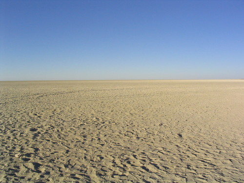 Featured medium photo of Etosha Pan on TripHappy's travel guide