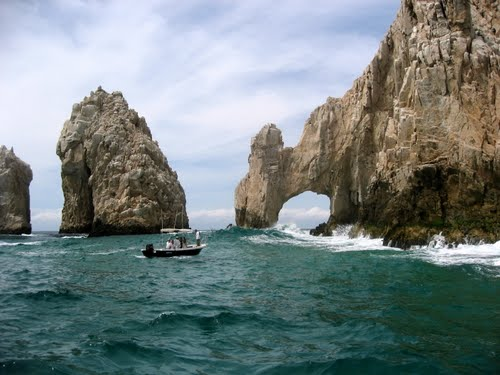 Featured medium photo of Cabo San Lucas on TripHappy's travel guide