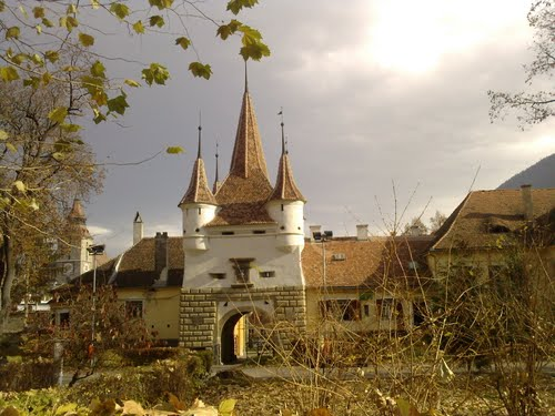 Featured medium photo of Brașov on TripHappy's travel guide