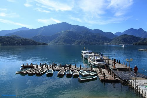 Photo of Sun Moon Lake in the TripHappy travel guide