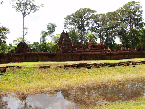 Featured medium photo of Banteay Srei on TripHappy's travel guide