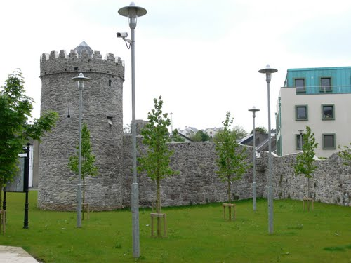 Featured medium photo of Waterford on TripHappy's travel guide