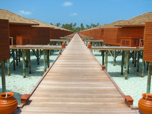 Featured medium photo of Dhiffushi on TripHappy's travel guide