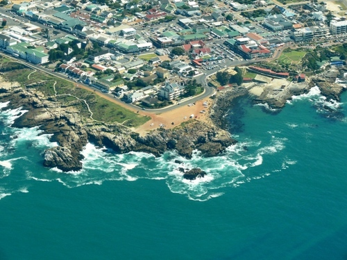 Featured medium photo of Hermanus on TripHappy's travel guide