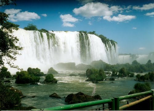 Photo of Iguazu Falls in the TripHappy travel guide