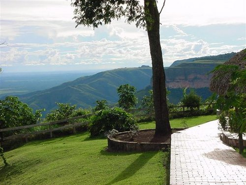 Featured medium photo of Chapada dos Guimarães on TripHappy's travel guide