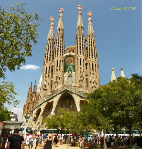 Photo of Barcelona in the TripHappy travel guide