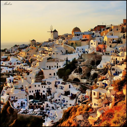 Photo of Oia in the TripHappy travel guide