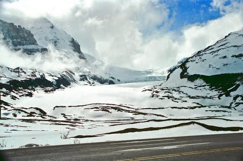 Photo of Athabasca Glacier in the TripHappy travel guide