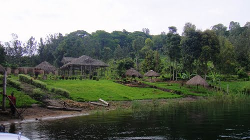 Photo of Lake Kivu in the TripHappy travel guide
