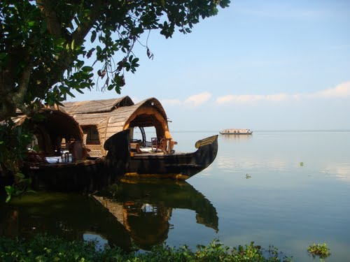 Featured medium photo of Kumarakom on TripHappy's travel guide