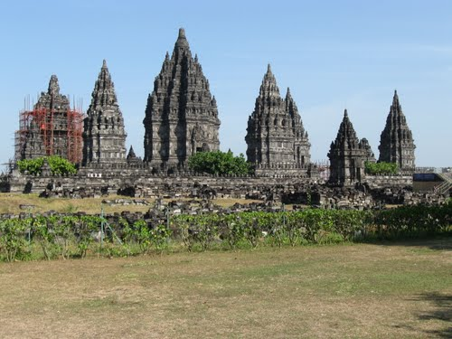 Featured medium photo of Prambanan Temple on TripHappy's travel guide