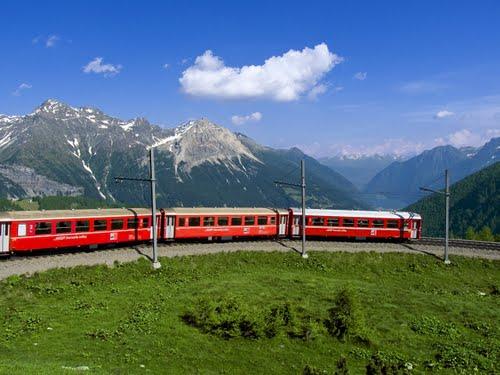 Featured medium photo of Alp Grüm on TripHappy's travel guide