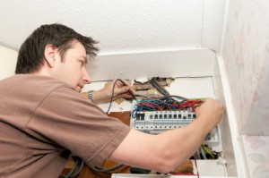 Does your house need rewiring? - Holmes Media