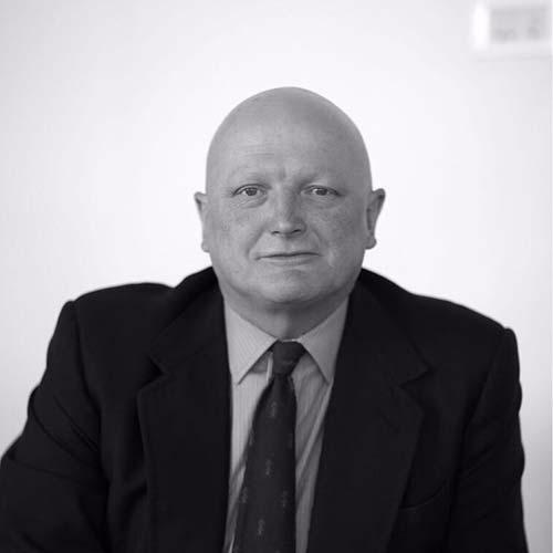 ANDREW BARROW