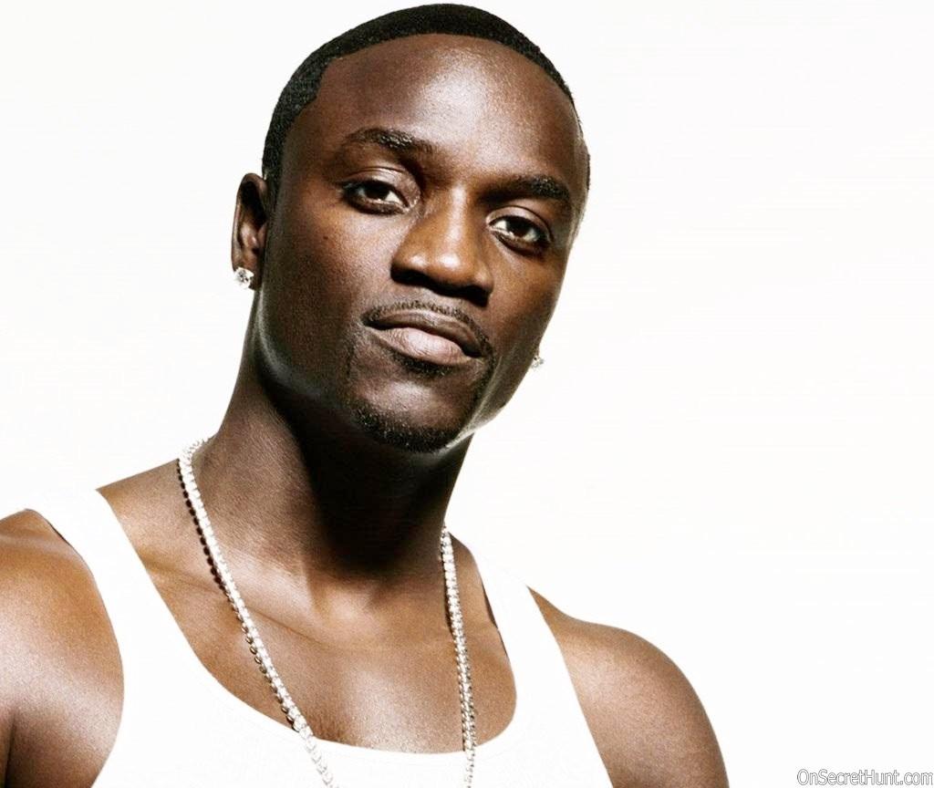 Akon world war