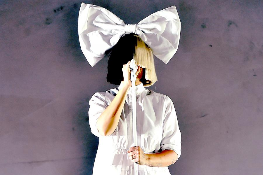 sia leaks nude photo of herself
