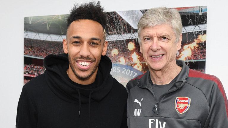 Arsenal sign Pierre-Emerick Aubameyang from Borussia Dortmund