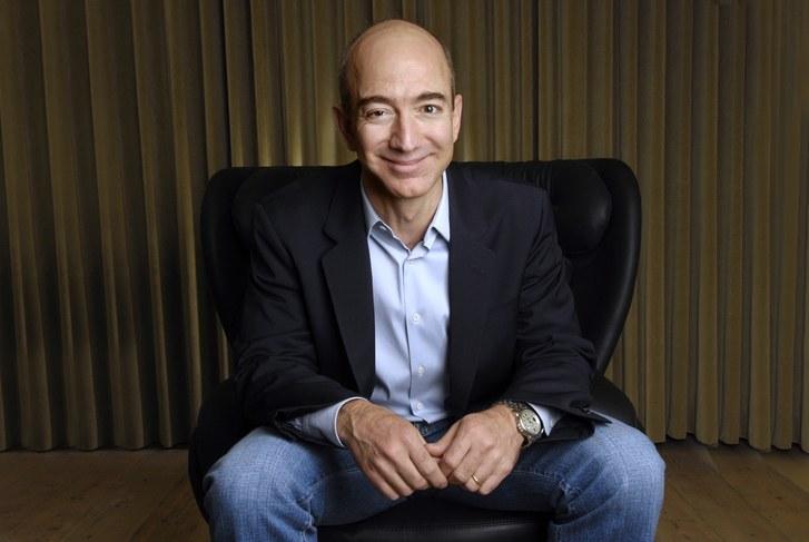 World S Richest Man Amazon Founder Jeff Bezos Dethrones Bill