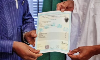 Buhari receives WAEC result
