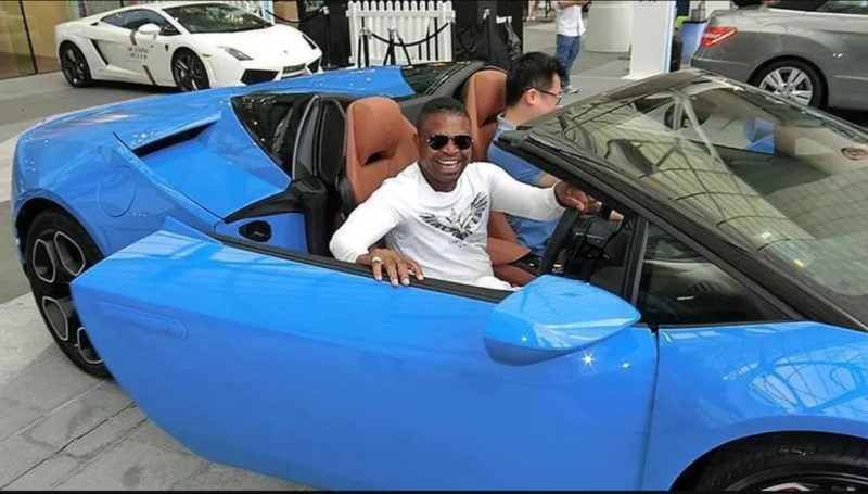 Nigerian national and Singapore permanent resident Amos Paul Gabriel was jailed and fined over money-laundering offences. (Photo: Paul Gabriel Amos/Facebook) Read more at https://www.channelnewsasia.com/news/singapore/nigerian-money-laundering-scheme-citibank-jailed-singapore-11539842
