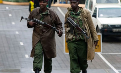 Nairobi: Police officers curse a smart thief who snatched their bribe cash and fled