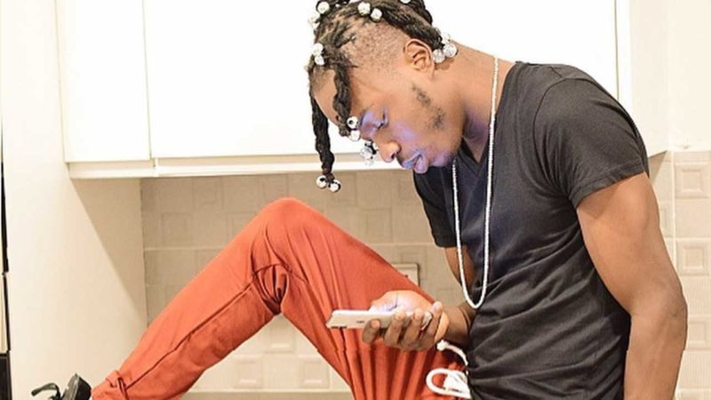 Twitter users blast Naira Marley for joking about coronavirus