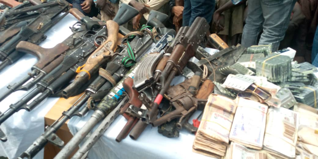 Armed robber, kidnapper, Gun