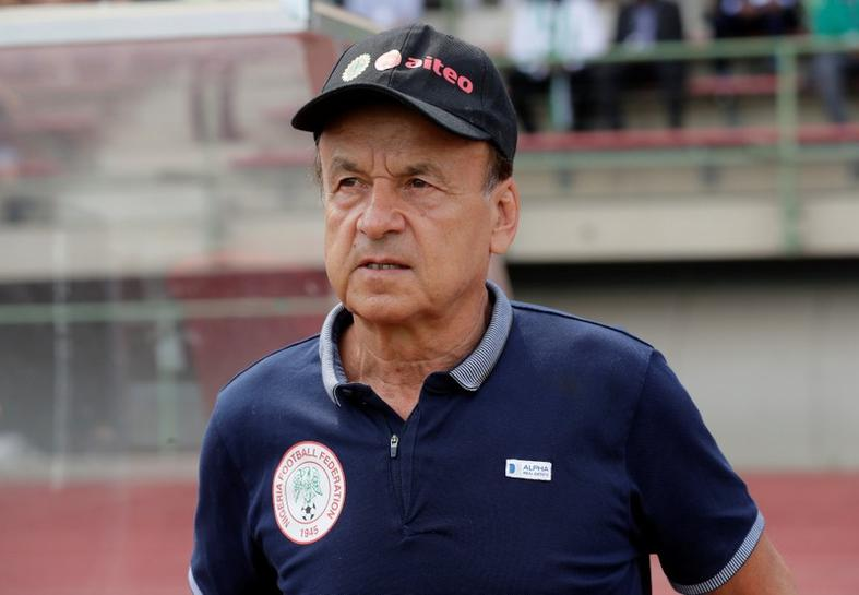 I will accept a pay cut to coach Eagles- Rohr