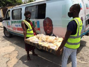 Ramadan: Ex-Lagos lawmaker begins daily distribution of 1000 loaves of bread to indigenes