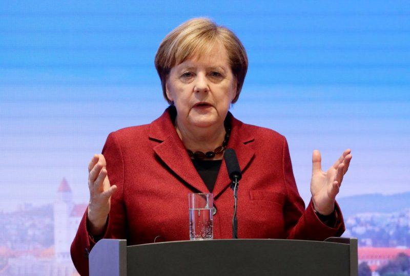 G7 summit: Merkel rejects Trump's invitation in Washington