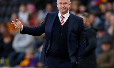 Covid-19: Stoke call off Man United friendly after Michael O'Neill tests positive