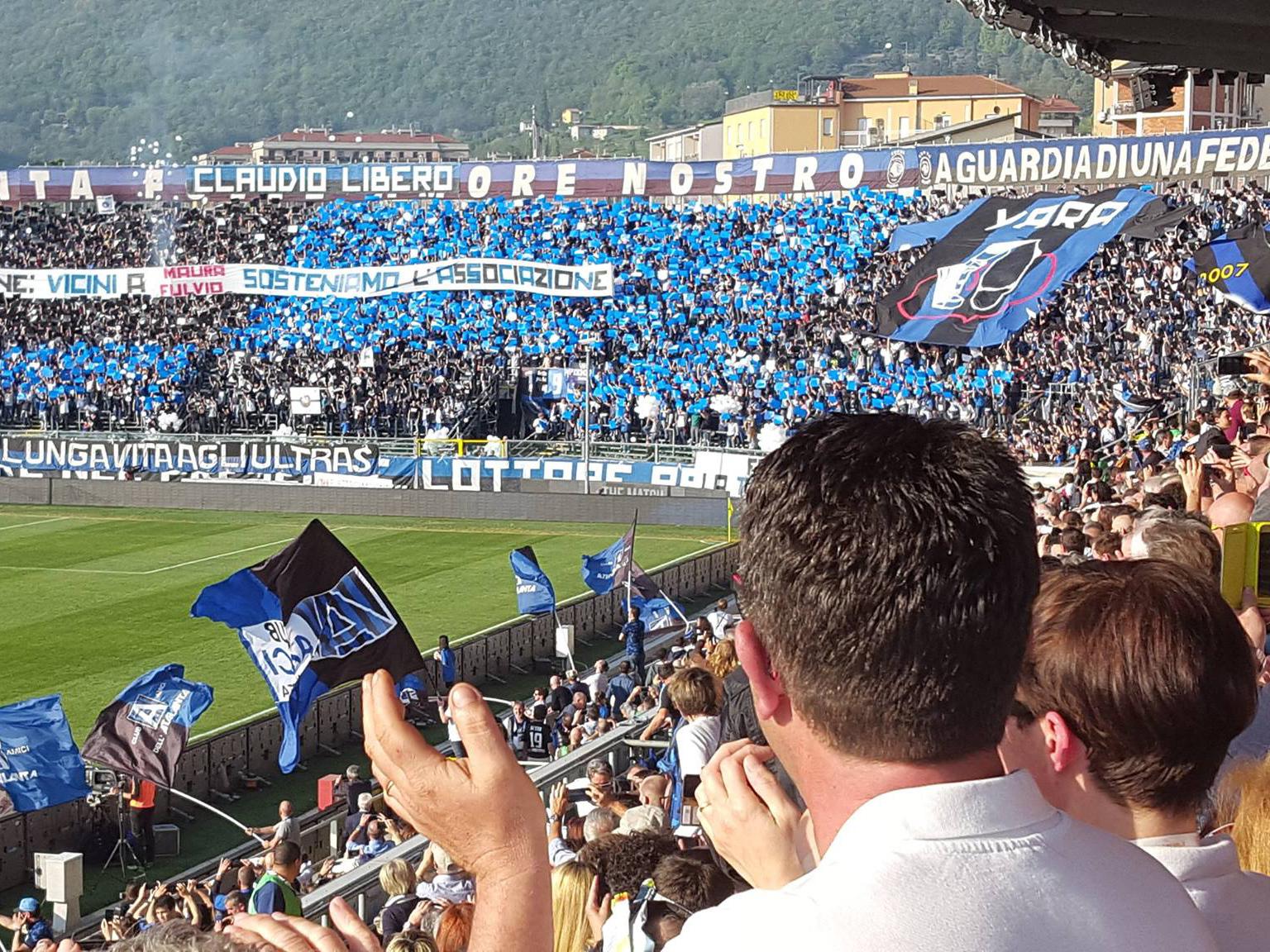 Bergamo e l'Atalanta abbracciano la Passione