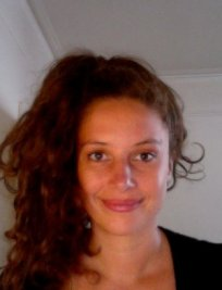 Pauline is a French tutor in Nottingham