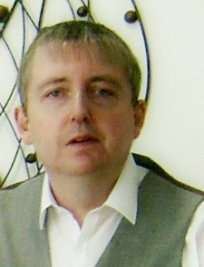 Jeff is a tutor in Bridgend