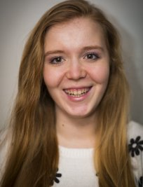 Charlotte is a tutor in Swadlincote