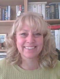Sarah is an EFL tutor in Surrey