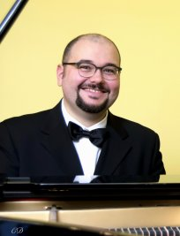 Alessandro offers Piano lessons in Cambridge