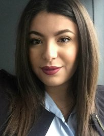 Lina is a French tutor in Hodge Hill