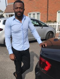 Izunna is a private Maths tutor in Dunstable