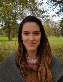 Laura is a French tutor in Ascot