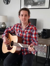 Pete is a Music tutor in Orpington