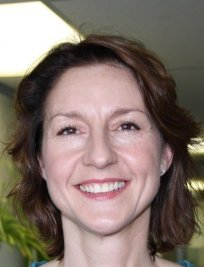 Bonnie is a private English Language tutor in Guildford