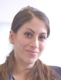 negin offers World Languages tuition in Manchester