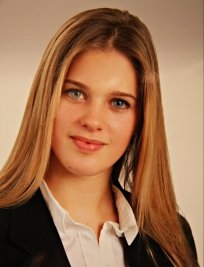 Ines is a private Physics tutor in Cambridge