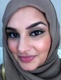 Bushra is an English Language tutor in Ham