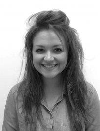 Lucinda is a French tutor in Droylsden