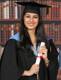 Anahita is a private Biology tutor in Colliers Wood